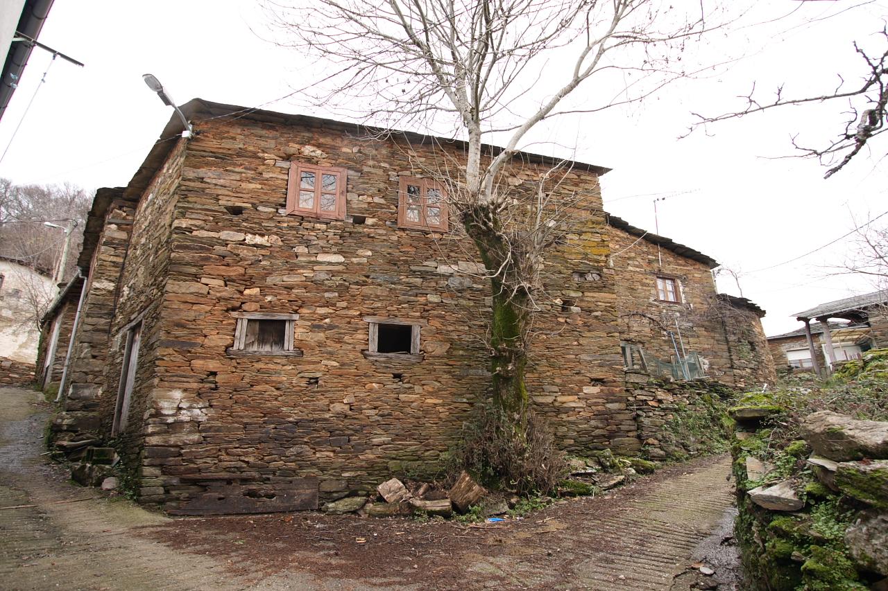 Casas en Meiraos