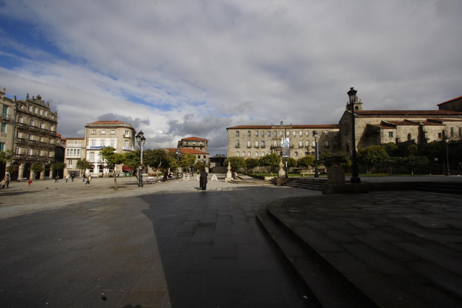 Vista xeral da praza da Ferrería