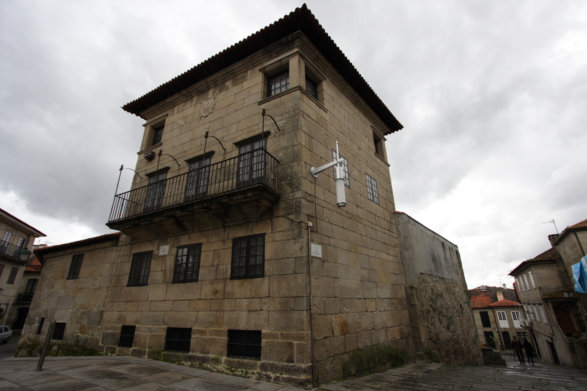 Vista traseira do edificio Castro de Monteagudo