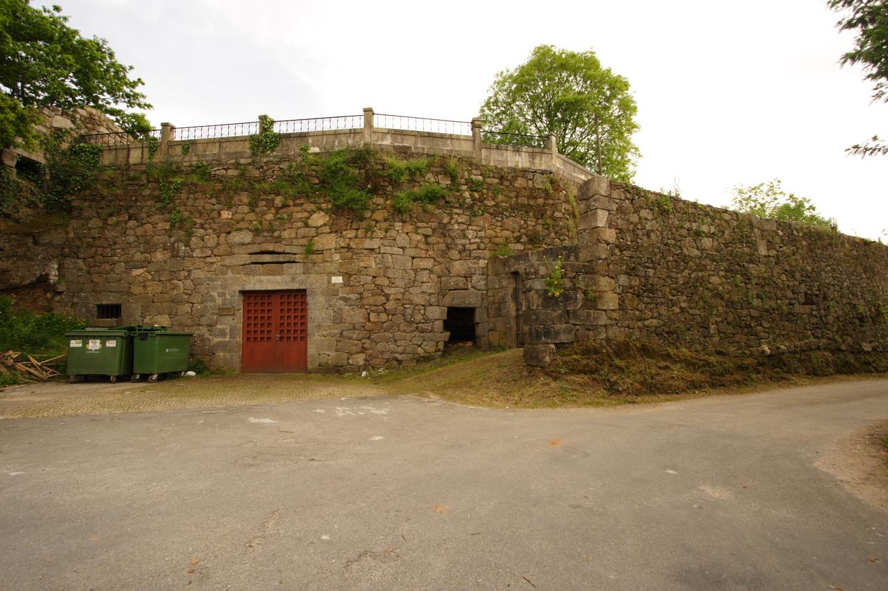 Muro de peche da reitoral