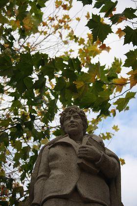 Estatua de Rosalía