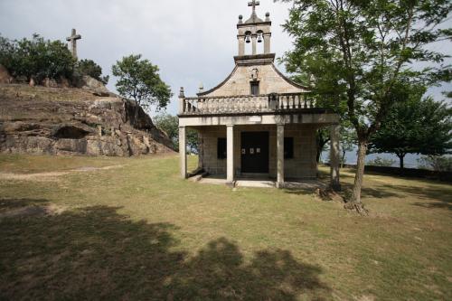 16 Santuario de San Bieito de Cova de Lobo