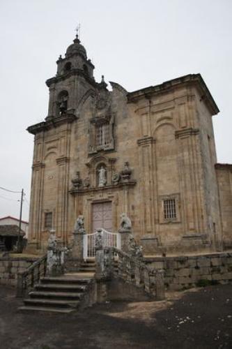34 Igrexa de Melias