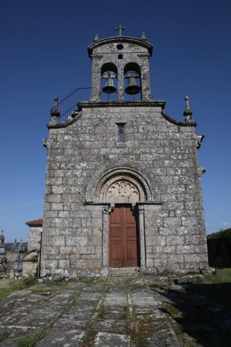 15 Igrexa de San Mariño de Cornoces