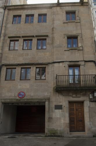 16 Santiago: Residencia de Ricardo Carballo Calero