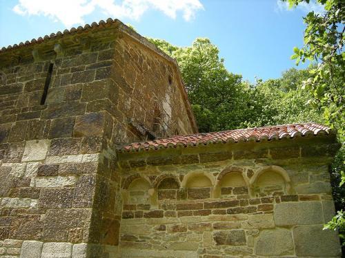 2 Igrexa de Santo Antoniño de Toques