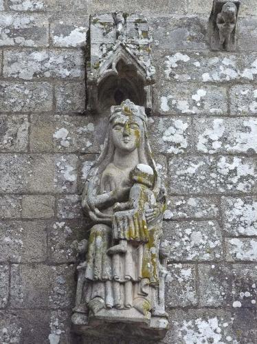 2 Mosteiro de San Pedro de Ansemil (Silleda)