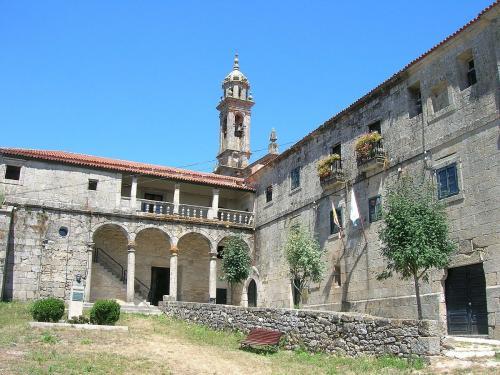 4 Mosteiro de Santa María (Xunqueira de Espadañedo)