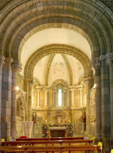 1 Mosteiro de Santa María (Ferreira de Pantón)