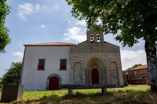 2 Mosteiro de Santo Estevo (San Paio de Diomondi, O Saviñao)