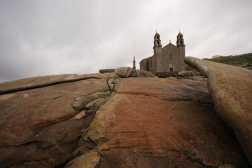 18 Santuario da Virxe da Barca