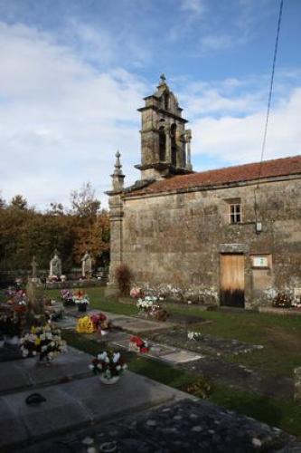 4 Igrexa de Mourillós